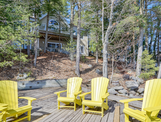 South-facing Lake Muskoka cottage